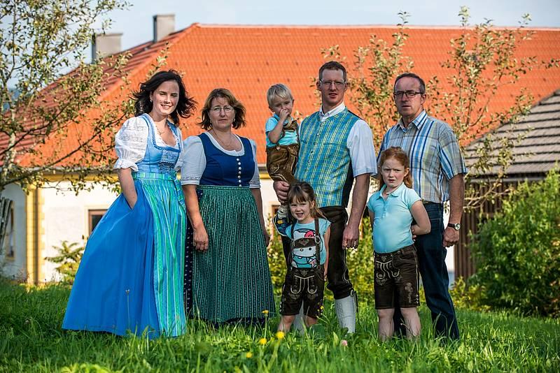 22_biohof-grafenoed_prueller-nikolaus-und-eva