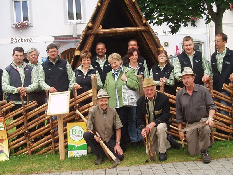 Bauern/Bauerinnen des Bio-Bauernmarktes in Neumarkt