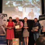 BIO GASTRO TROPHY 2018 Gewinner Biohof und Hotel Kleebauer bei der Verleihung auf der Bühne