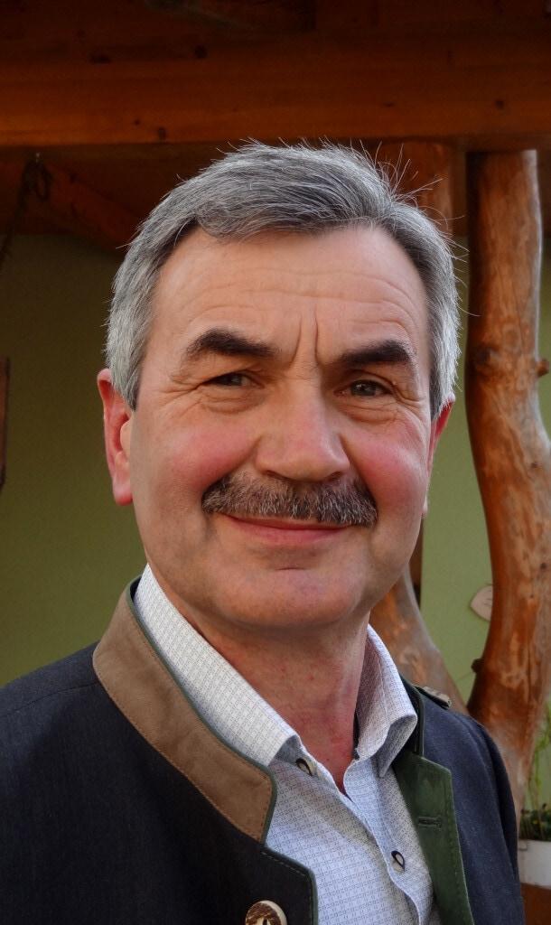 Portrait Vorstandsmitglied Piroutz Walter